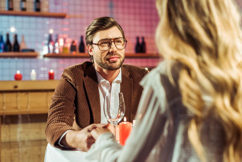 Hoe om te gaan met dating een weduwnaar